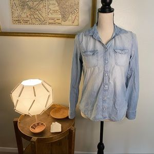 American Eagle Outfitters Light Wash Denim Shirt